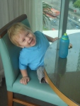 Look, Ma! No high chair!